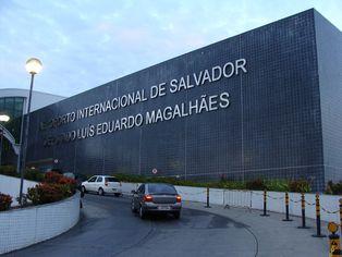 Foto de  Aeroporto Internacional de Salvador-Deputado Luís Eduardo Magalhães enviada por Ray Filho em 03/08/2015