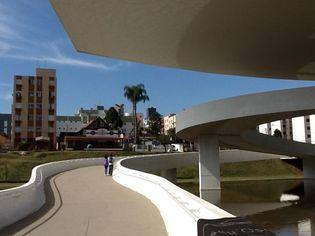 Foto de  Museu Oscar Niemeyer enviada por Eduardo Rariz em 23/07/2012