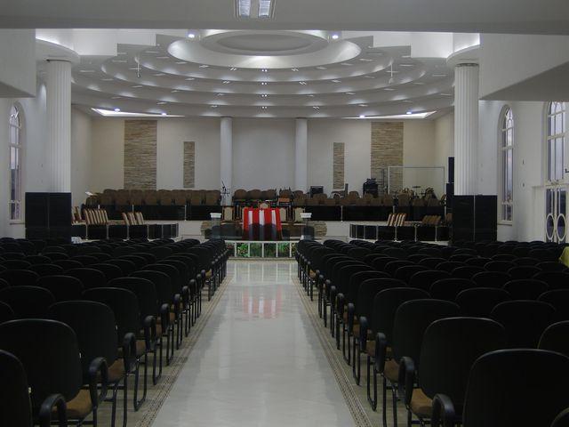 Resultado de imagem para igreja evangelica