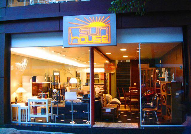 sun house in concept m veis rua teodoro sampaio 1433 pinheiros s o paulo sp. Black Bedroom Furniture Sets. Home Design Ideas
