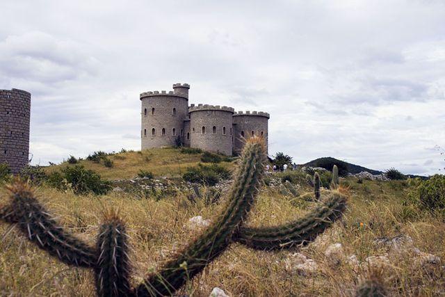 Resultado de imagem para castelo de bivar
